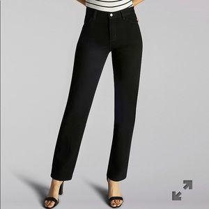Lee  RELX STRAIGHT LEG JEANS:BLACK